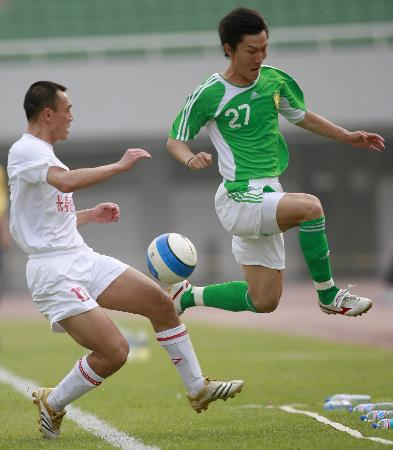 图文-[中超]北京国安1-0长春亚泰周挺拔地而起