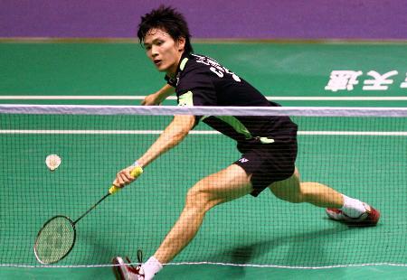 图文-中国公开赛男单半决赛鲍春来打出士气