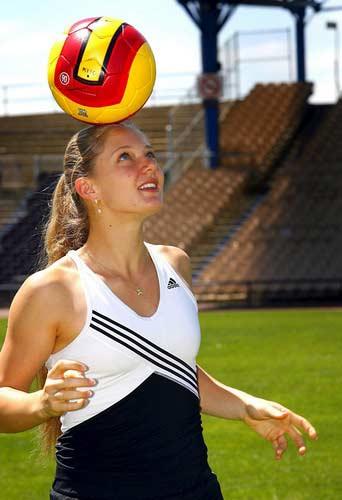 澳网-查克维塔则进足球场我和我追逐的足球梦想