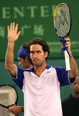 图文-上海喜力网球赛爆冷门维纳尔虽胜利却平静