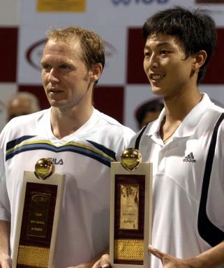 图文-卢彦勋印度男双夺冠中国台北选手首摘ATP锦标