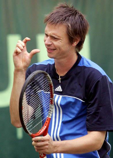 图文-德国哈雷网球公开赛首轮索德林就差这一点