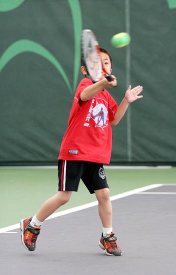 少儿网球_少儿网球绿天体育卢湾体育中心分部课程