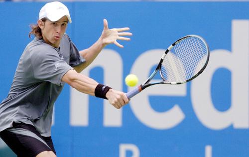 图文-悉尼网球公开赛第五日萨洛夫谨慎应战