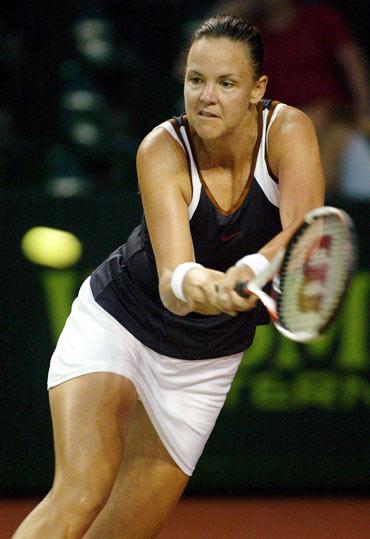 巴厘国际网球赛第二轮达文波特反手回球