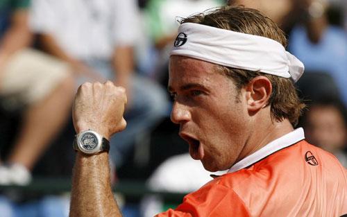 -罗马网球大师赛10赛况 紧握拳头给自己加油_