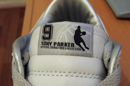 Nike再造乔丹飞人形象狂推帕克造型鞋为哪般(图)