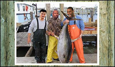 和NBA巨星去钓鱼:姚麦收获颇丰科比恶汉不忘对飙
