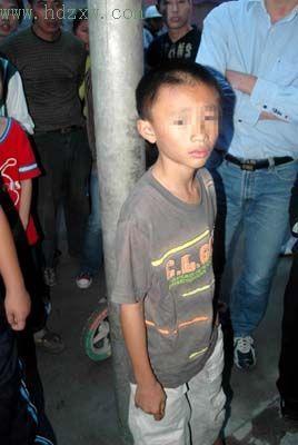 小受被塞东西的图片_请问哪有小男孩被捆绑堵嘴的照片?-请问这是什么电影?有图片 ...