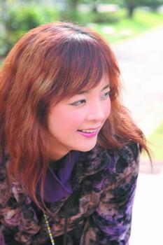 云南電視臺節目主持人徐安妮; 專訪徐安妮:昆明最搶眼的新聞女郎