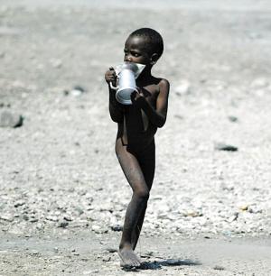 饿死了卡通图片_全球每年饿死600万儿童(图)_新闻中心_新浪网