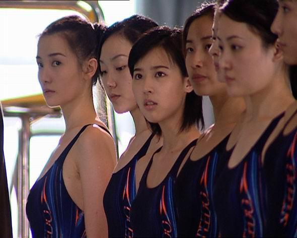 青藏高原 韩红_资料图片:电视剧《出水芙蓉》精彩剧照(50)