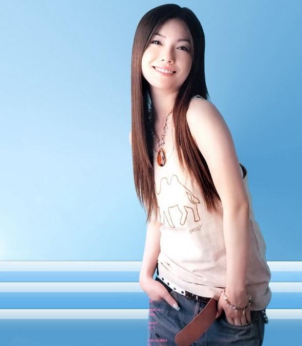 日本神级歌手_资料图片:日本歌手岛谷瞳精彩写真(12)