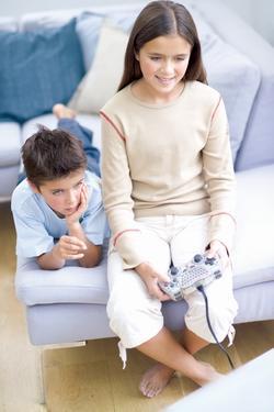 电子游戏、格林童话和言论自由