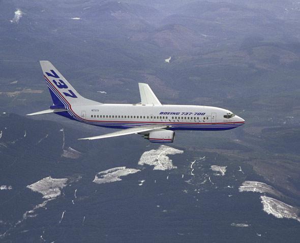 厦航737飞机座位分布�_2014波音737中座位图波音737中座位图波音737座位分布图图片