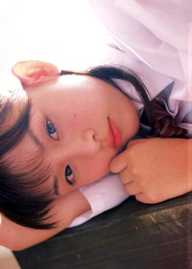 12岁日本少女图_伊人风采 索女 正文     点击图片,进入下一页   日本 美少女梦工厂