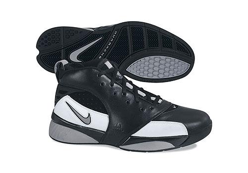Nike十一月新品男子篮球鞋: ZOOM_HUARACHE_64_NIKE新浪体育社区_